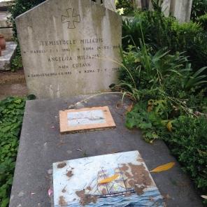 favourite-graves-protestant-cemetery-rome_14830426883_o