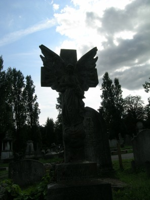 new-southgate-crematorium-and-cemetery-london-uk_2871609939_o
