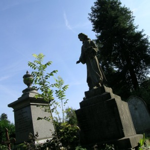 new-southgate-crematorium-and-cemetery-london-uk_2874420251_o