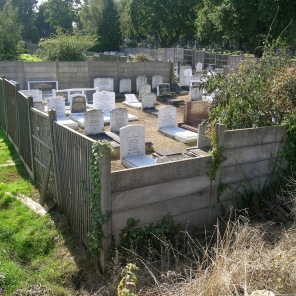 new-southgate-crematorium-and-cemetery_2887525891_o