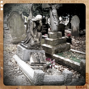 walthamstow-cemetery-queens-road_6072853017_o
