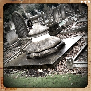 walthamstow-cemetery-queens-road_6072856679_o