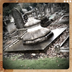 walthamstow-cemetery-queens-road_6072858627_o