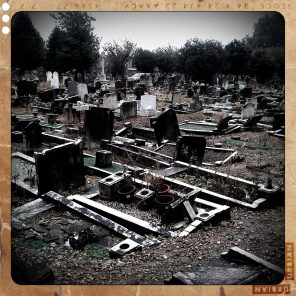 walthamstow-cemetery-queens-road_6072900815_o